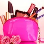 handbag-with-cosmetics