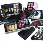 How to Choose Makeup Kits
